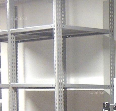 Scaffalatura metallica a bulloni ripiano 1 for Gls arredo ufficio